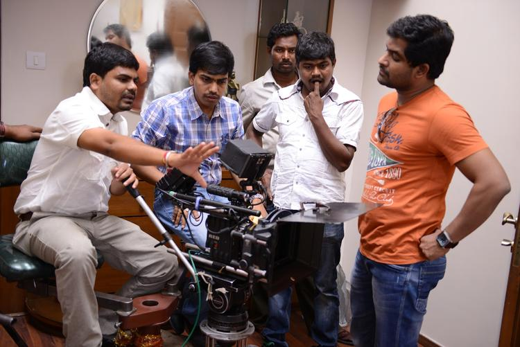 Director Nagu Gavara Present On The Sets Of Weekend Love Movie