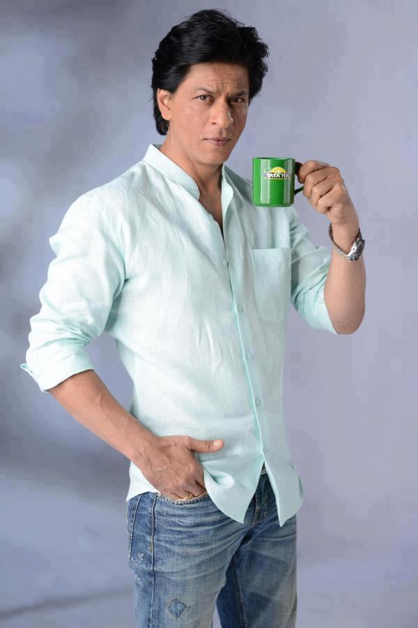 Shahrukh Khan Posed With Tata Tea For Tata Tea Jaago Re TVC Ad