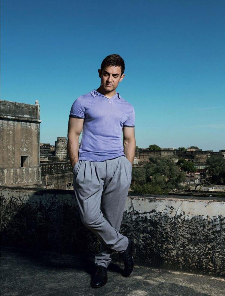Aamir Khan Cool Pose Photo Shoot For Women's Day Special Edition Of Femina 2013