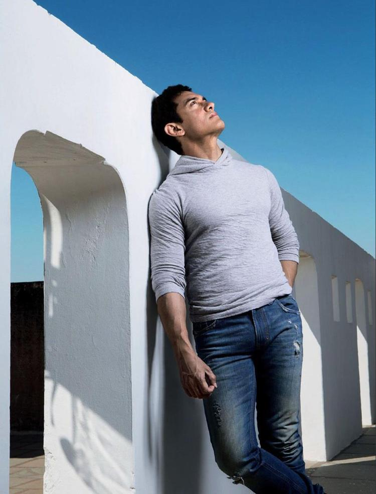 Aamir Khan Nice Photo Shoot For Women's Day Special Edition Of Femina 2013