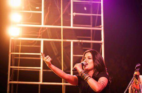 Sona Mohapatra Performs At Satyamev Jayate Concert 2013