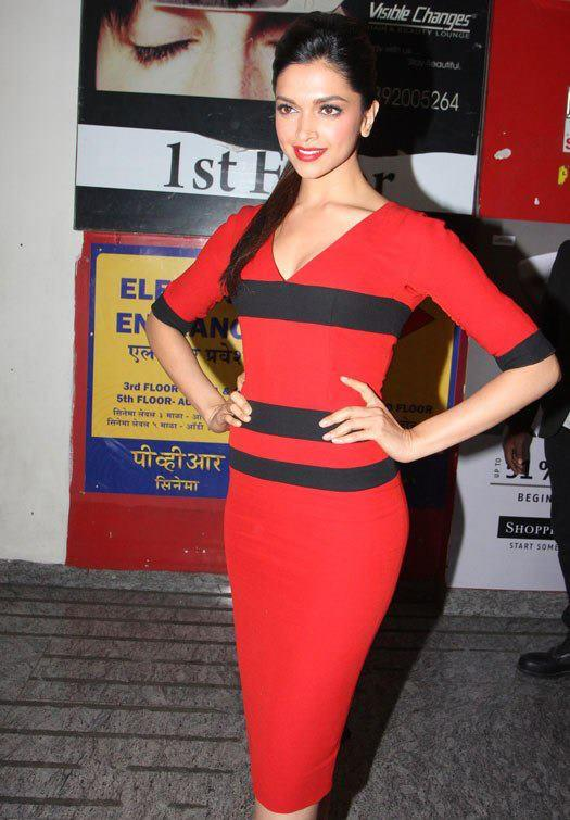 Deepika Looked Ravishing In A Red Dress At Special Screening Of Race 2