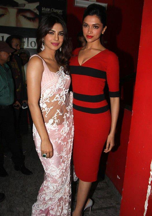 PriyankaAnd Deepika Cosy Pose For Camera At Special Screening Of Race 2