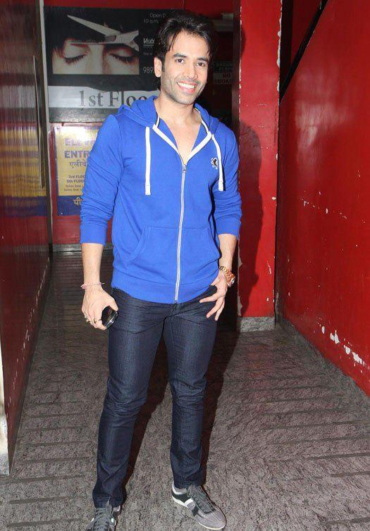 Tusshar Arrived At Special Screening Of Movie Race 2