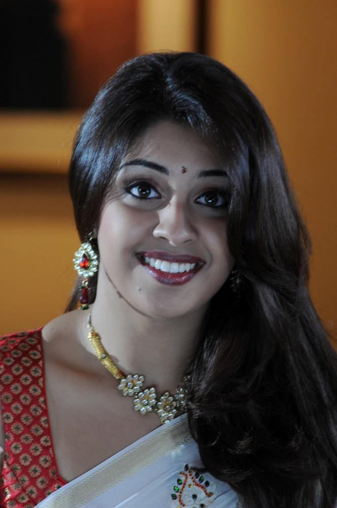 Richa Gangopadhyay Smiling Face Look Still