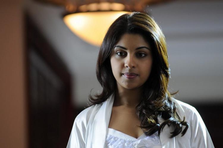 Richa Gangopadhyay Stunning Look Photo Still