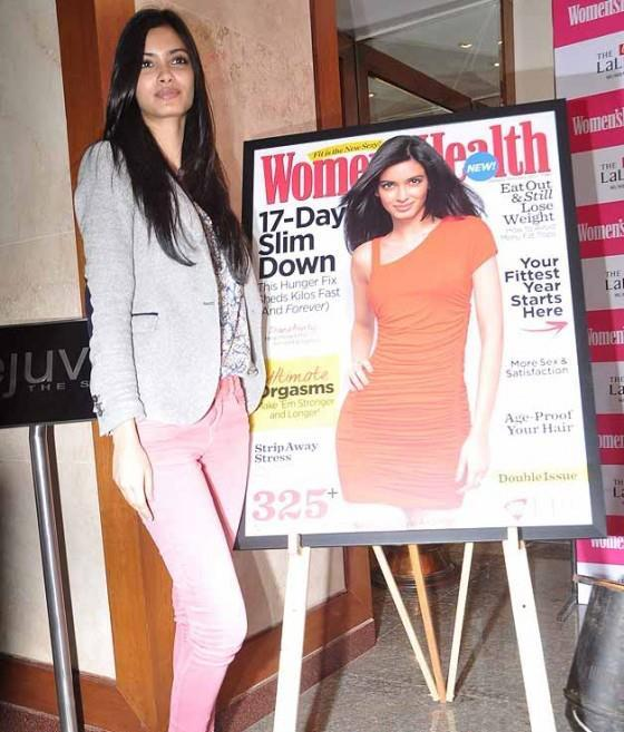 Diana Strikes A Pose At Launch Of Womens Health Magazine