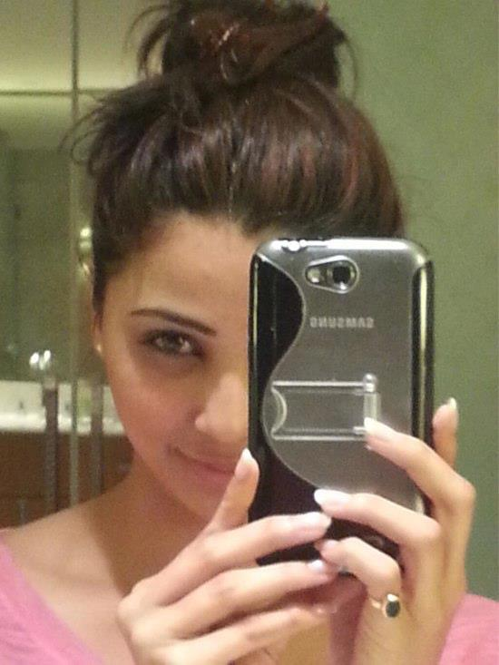 Daisy Shah Cute Look Photo Still