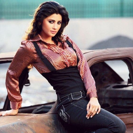 Daisy Shah Stunning Look Photo Still