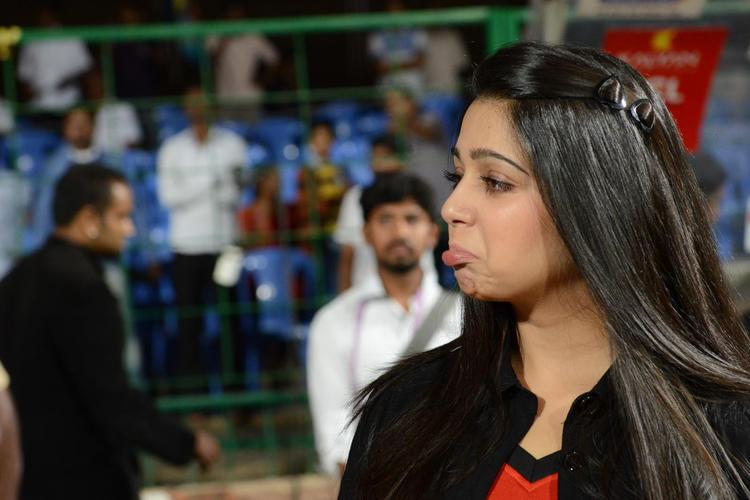 Charmy Kaur At CCL 3 Final Telugu Warriors Vs Karnataka Bulldozers Match Event