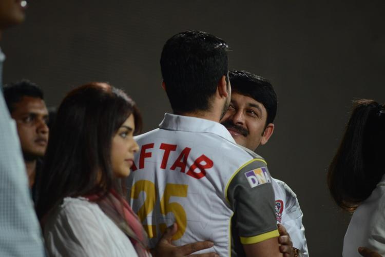 Genelia D'Souza And Aftab Shivdasani Graced At CCL 3 Final Telugu Warriors Vs Karnataka Bulldozers Match Event