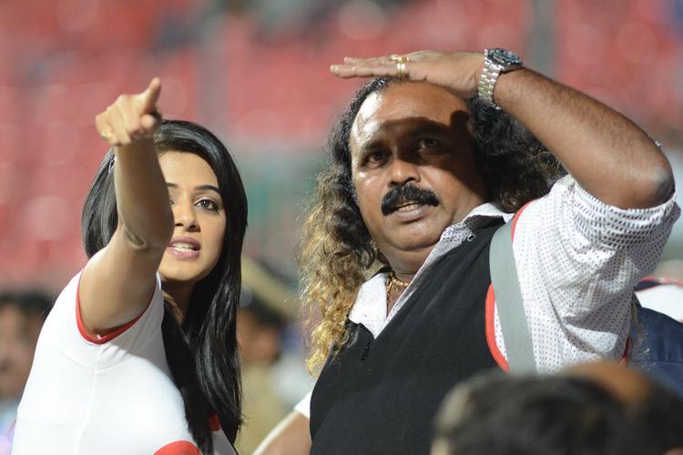 Priyamani Attend The CCL 3 Final Telugu Warriors Vs Karnataka Bulldozers Match Event