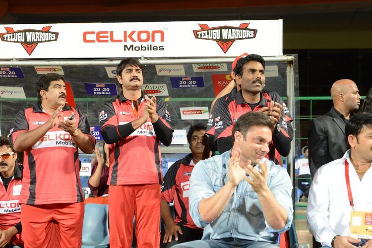 Sohail Khan Clapping Still At CCL 3 Final Telugu Warriors Vs Karnataka Bulldozers Match Event