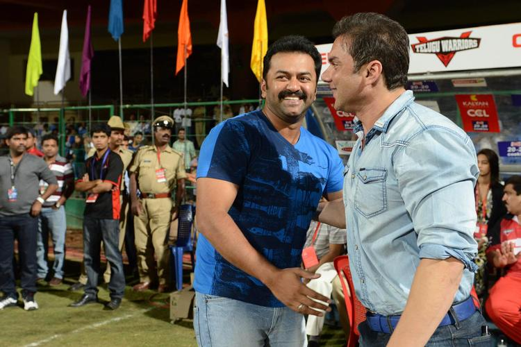 Sohail Khan Cool At CCL 3 Final Telugu Warriors Vs Karnataka Bulldozers Match Event