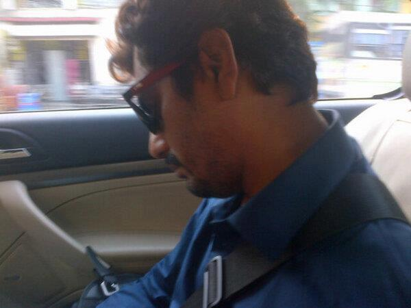 Nawazuddin Photo Clicked In Car At Aatma Press Conference In Kolkata