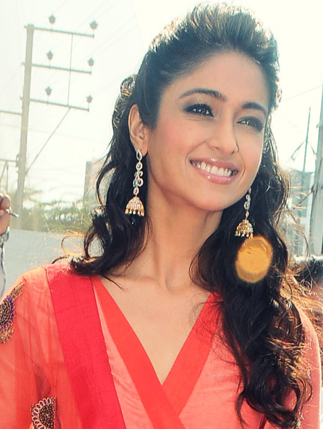 Ileana D'Cruz Photo Clicked At Forever Jewellery Showroom Launch
