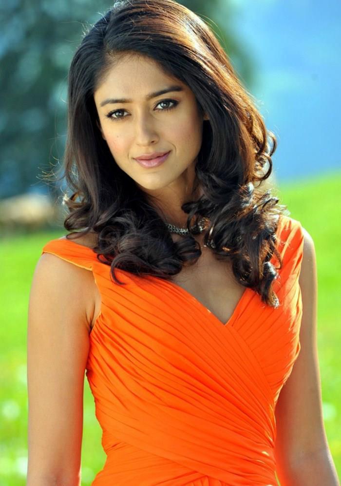 Ileana Trendy Looking Photo Still In Orange Gown