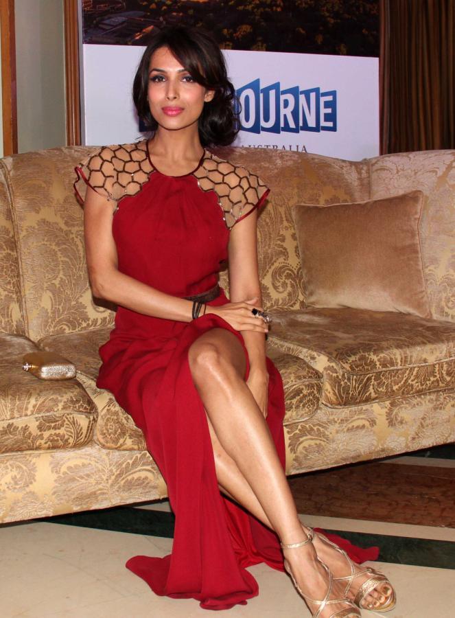 Malaika Sexy Leg Show Pose At Indian Film Festival Of Melbourne