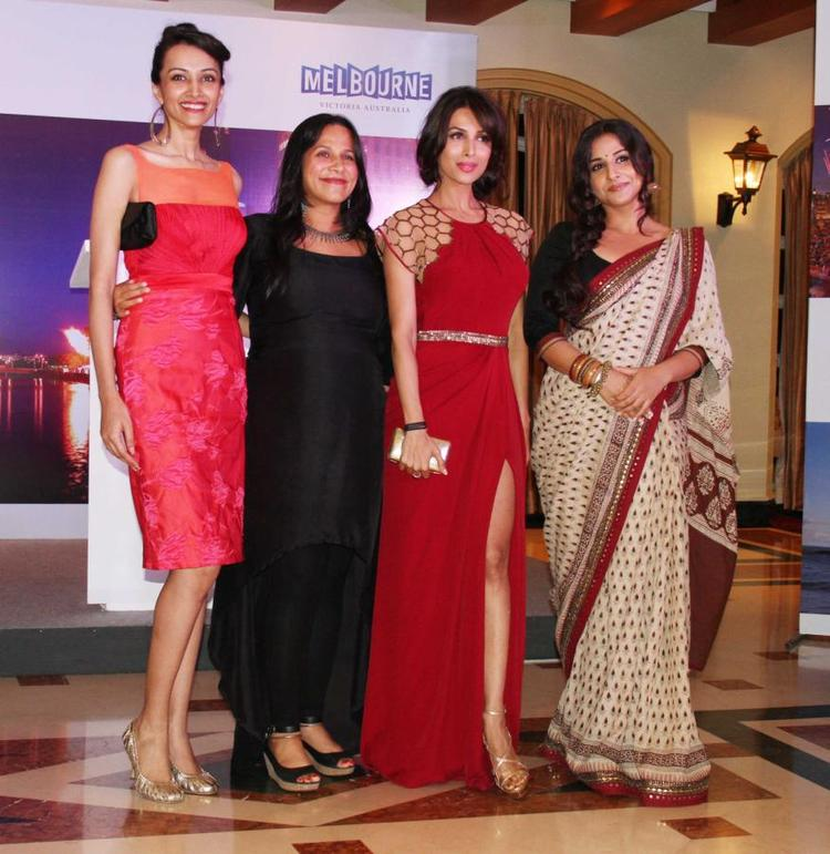 Vidya And Malaika With Guests Pose For Shutterbugs At Indian Film Festival Of Melbourne