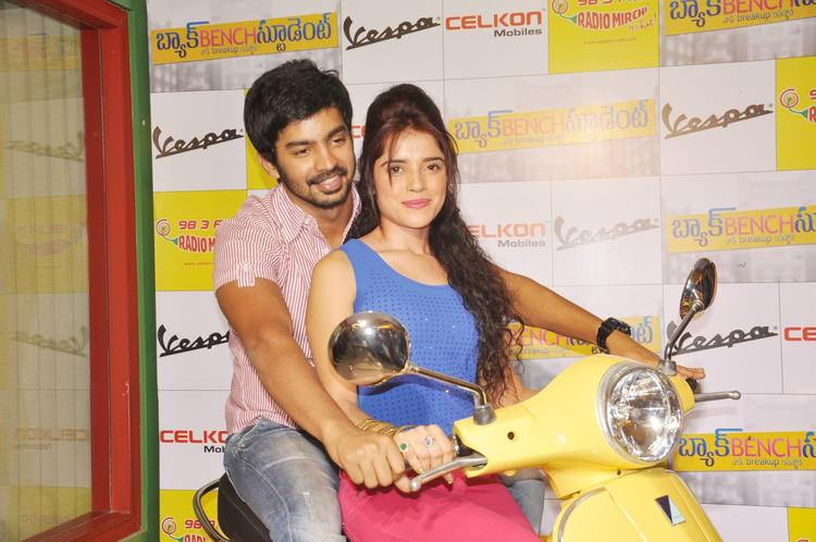 Piaa And Mahat On Scooty Photo Clicked At Radio Mirchi FM Studio