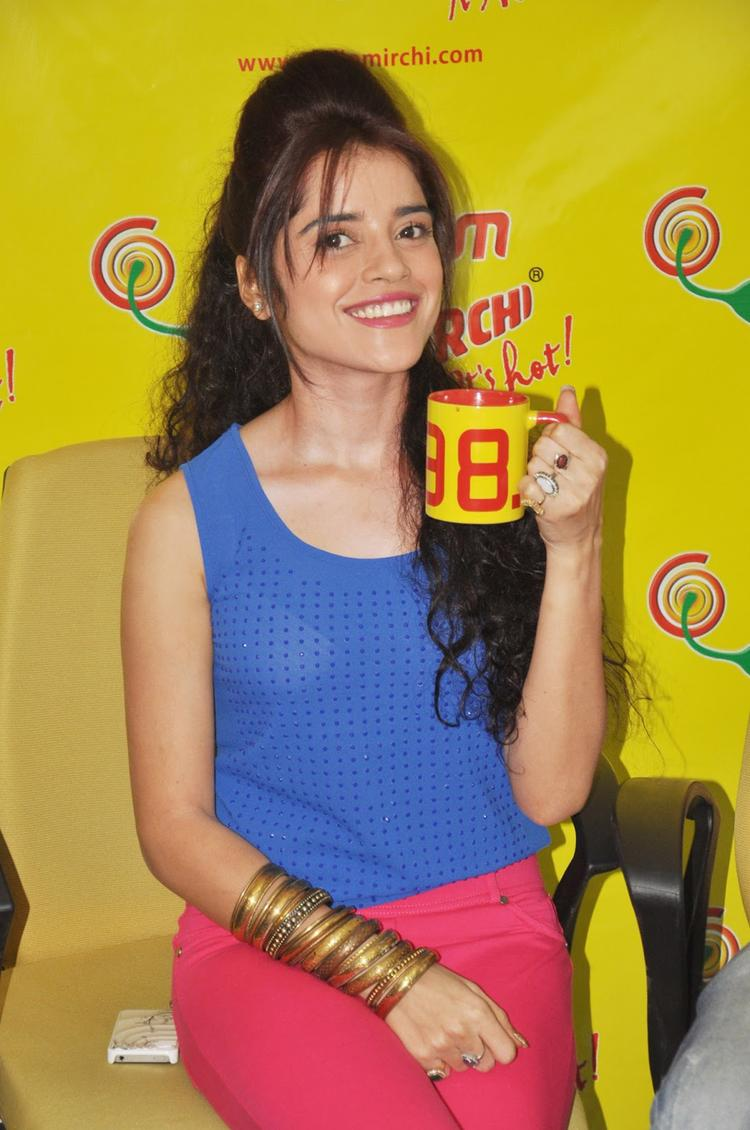 Piaa Cute Smiling Pose At Radio Mirchi FM Studio During Promotion Of Back Bench Student