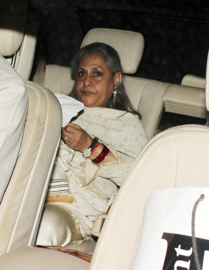 Jaya Snapped In Car At The Success Meet Of Oscar Winning Film Lincoln