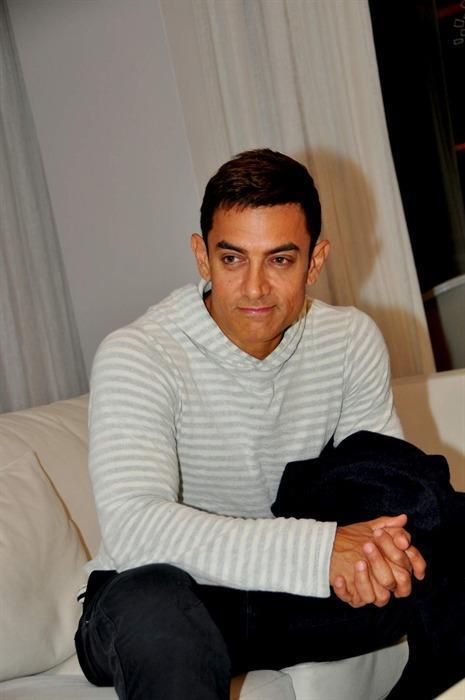 Aamir Khan During The Dhoom 3 Press Conference In Switzerland