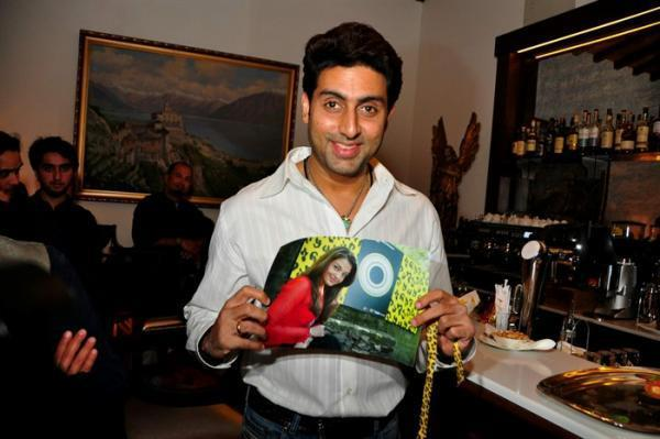 Abhishek Bachchan Smiling Pose At The Dhoom 3 Press Conference In Switzerland