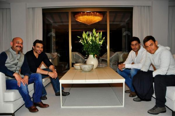 Vijay,Uday,Aamir And Abhishek Clicked At The Dhoom 3 Press Conference In Switzerland
