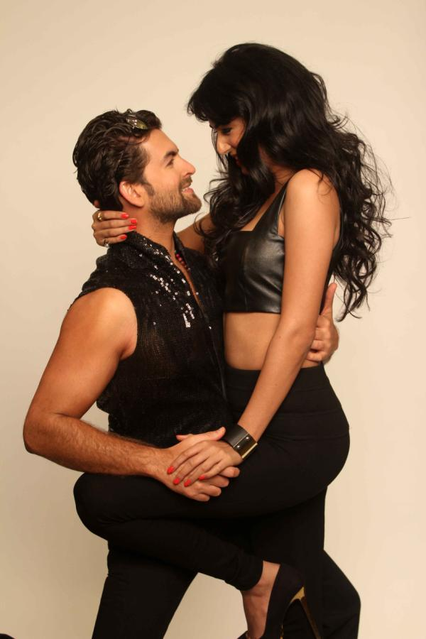 Neil And Sonal Exclusive Hot Photo Shoot For 3G Cinema Promotion