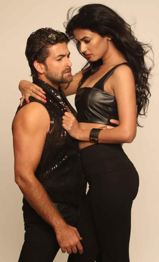 Neil And Sonal Hot Sizzling Photo Shoot For 3G Cinema Promotion