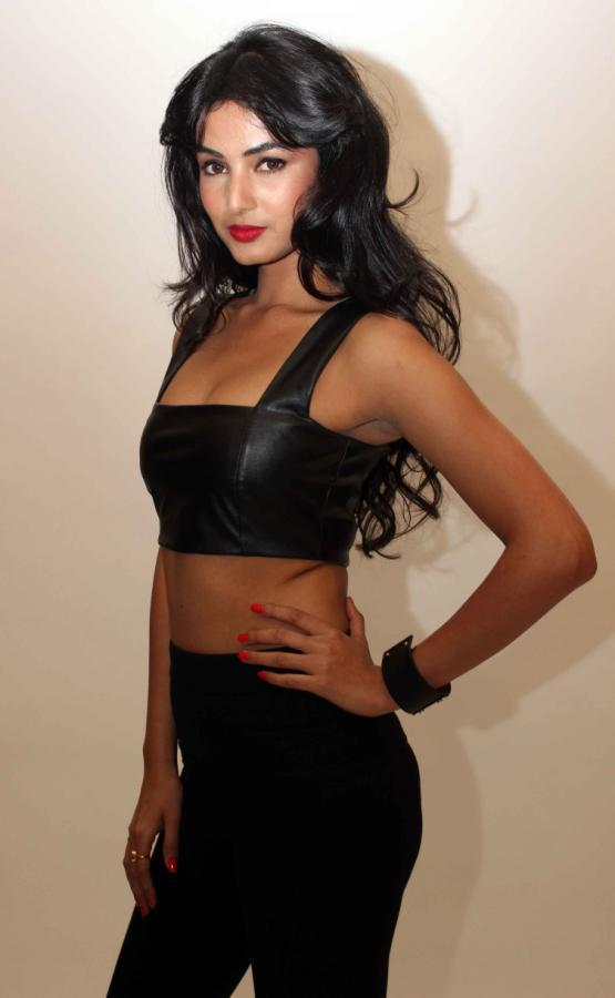 Sonal Chauhan Sexy Look Photo Shoot For 3G Cinema Promotion