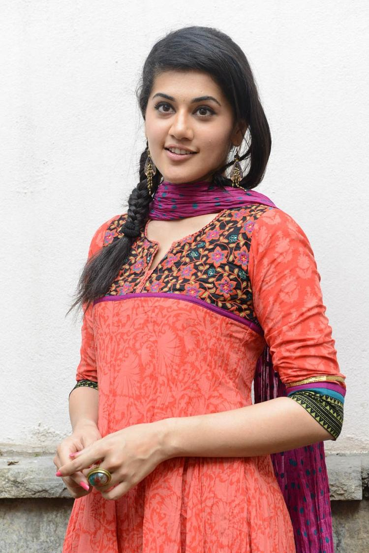 Taapsee Pannu In Orange Salwar Kameez Charming Face Look At Gundello Godari Movie Success Meet Function