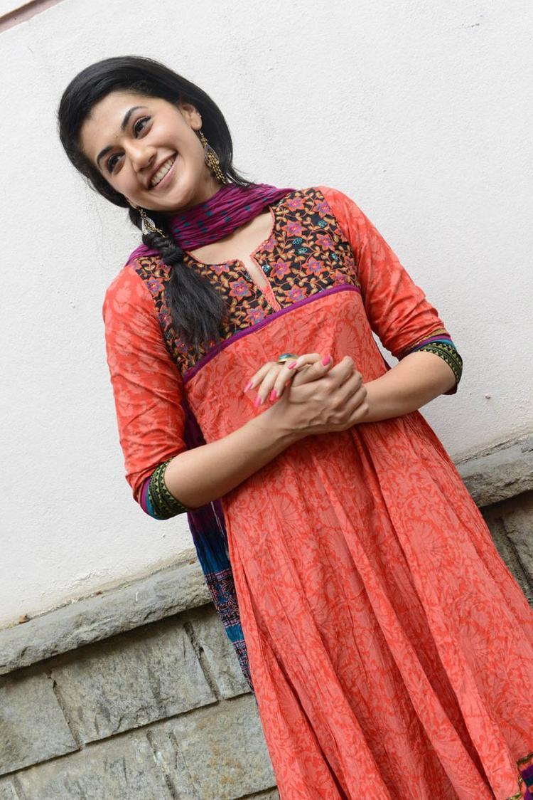 Taapsee Pannu In Orange Salwar Kameez Dazzles At Gundello Godari Movie Success Meet Function