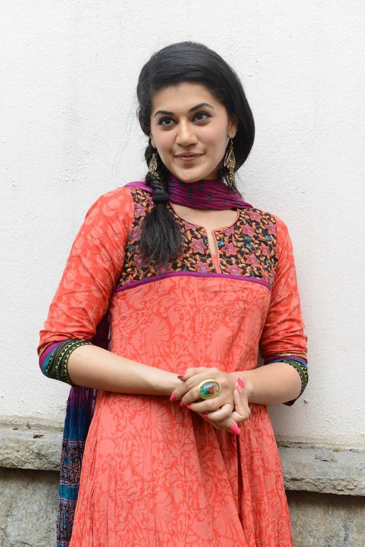 Taapsee Pannu In Orange Salwar Kameez During The Gundello Godari Movie Success Meet Function