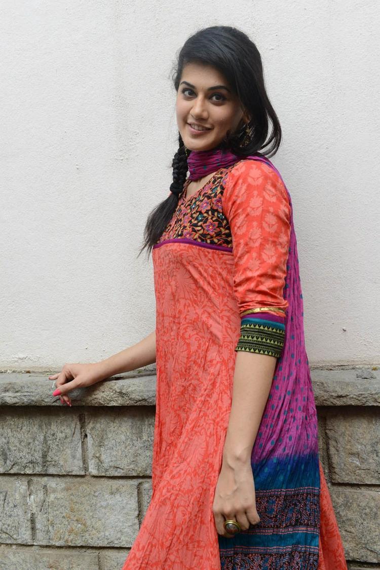 Taapsee Pannu In Orange Salwar Kameez Nice Look At Gundello Godari Movie Success Meet Function
