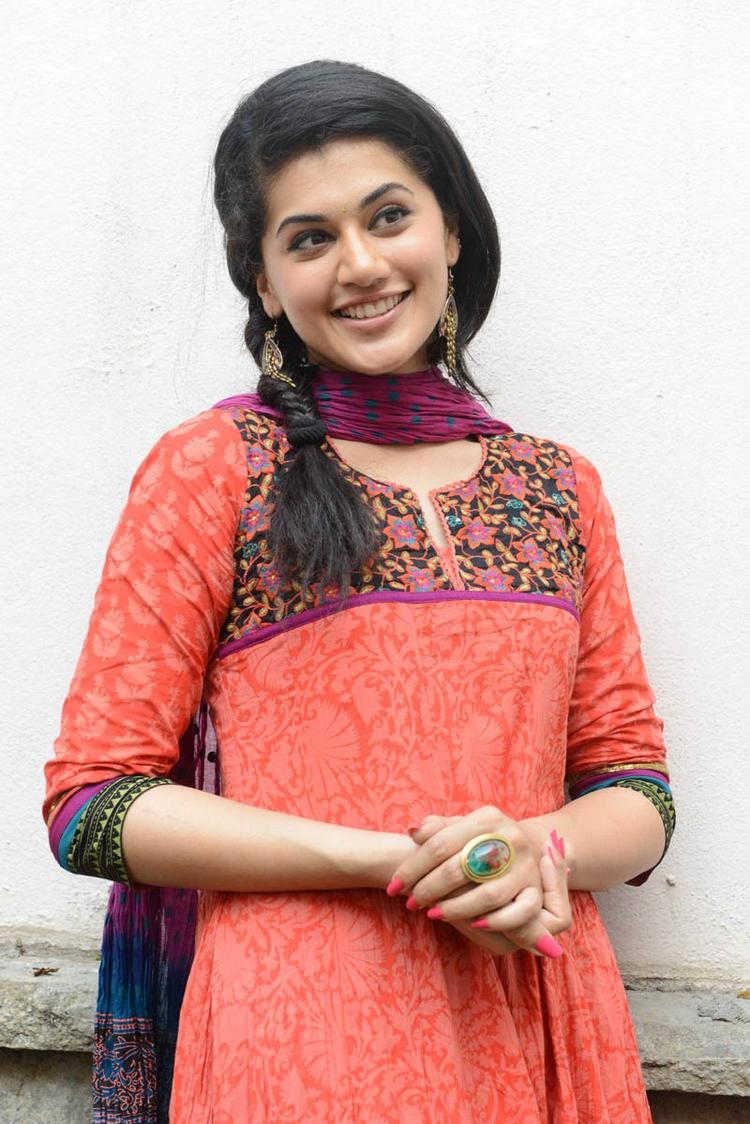 Taapsee Pannu In Orange Salwar Kameez Smiling At Gundello Godari Movie Success Meet Function