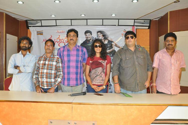 Satyam,Sonia And Krishnudu Posed For Camera At Mr.Manmadha Release Date Announcement Press Meet