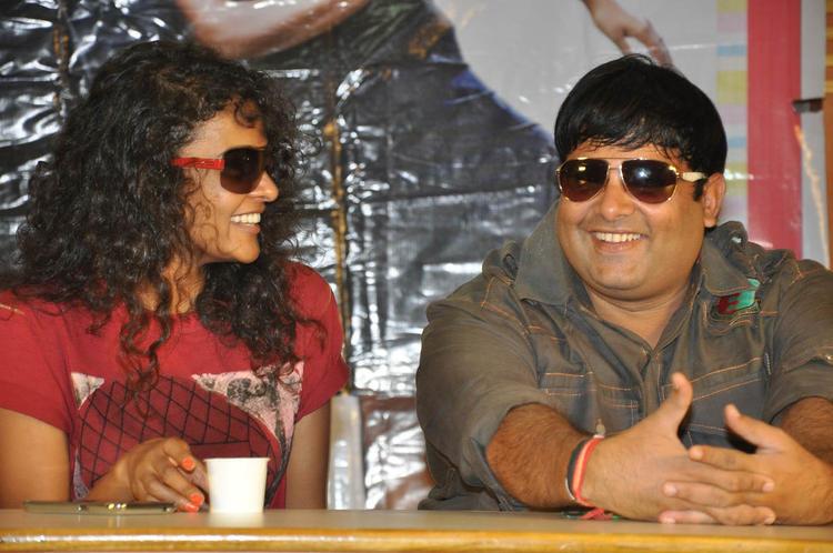 Sonia And Krishnudu Smiling Pose For Camera At Mr.Manmadha Release Date Announcement Press Meet