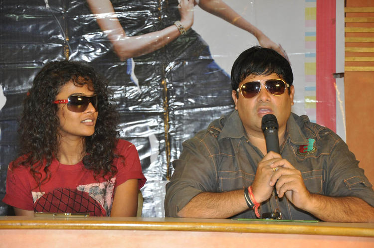 Sonia And Krishnudu Speak Out Photo Clicked At Mr.Manmadha Release Date Announcement Press Meet