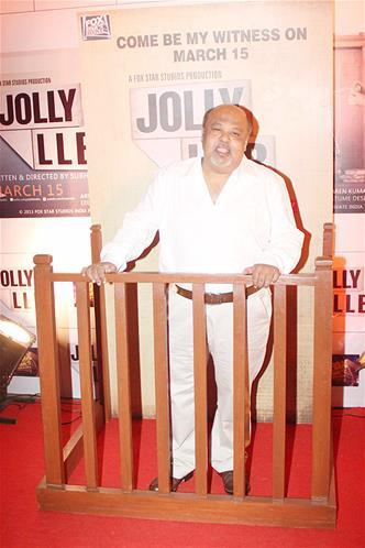 Saurabh Shukla In Red Carpet At The Premiere Of The Film Jolly LLB