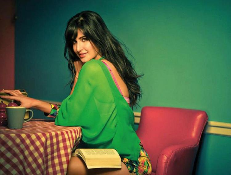 Katrina Kaif Dazzling Look Photo Shoot For Filmfare Magazine March 2013