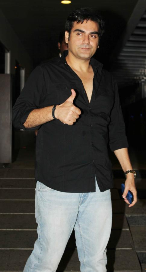 Arbaaz Khan Thums Up Photo Clicked At Femina Miss India Party