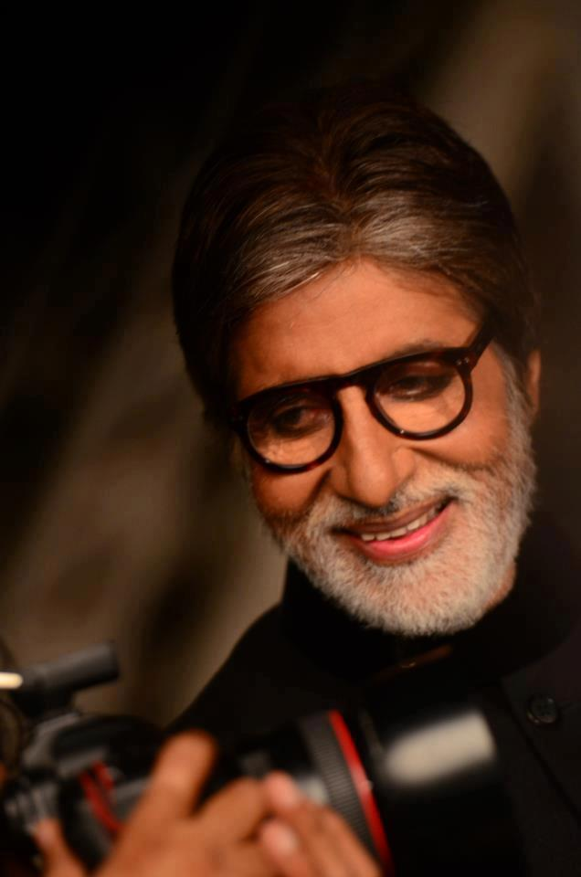 Dazzling Amitabh Bachchan Smiling Look On The Sets Of Filmfare
