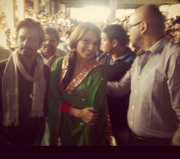 Bipasha And Nawazuddin Arrived At The Promotional Event Of Aatma In Indore