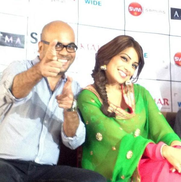 Bipasha Basu Laughing Pose For Camera At The Promotional Event Of Aatma In Indore