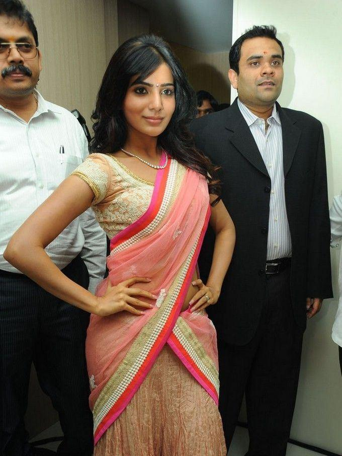Samantha Strikes A Pose At The Launch Of Diamond Jewellery In Kirtilal Jewellers