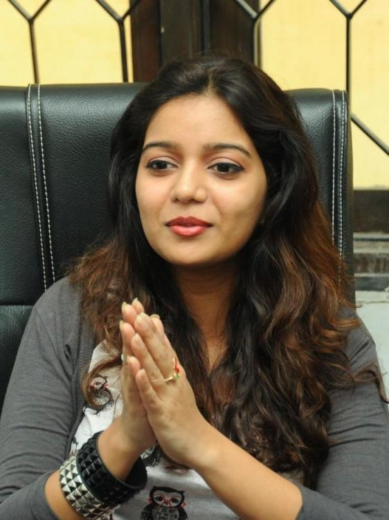 Swati Completed Her Look With Flowing Hair Still At Swamy Ra Ra Movie Interview