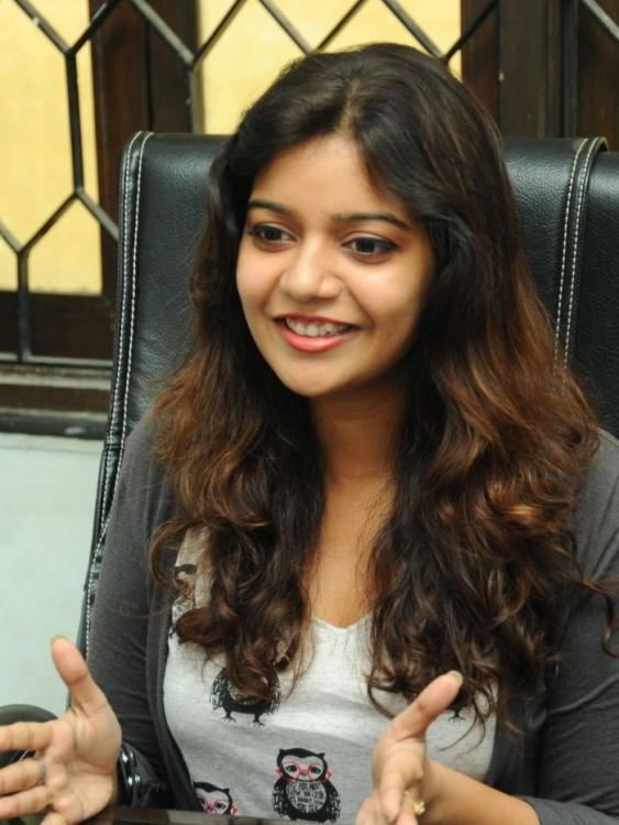 Swati Explains About Movie Photo Still At Swamy Ra Ra Movie Interview