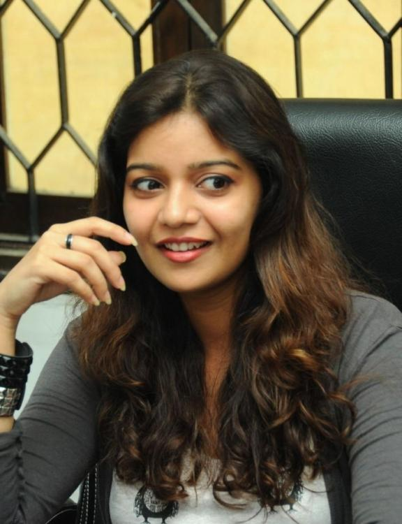 Swati Sizzling And Attractive Photo Still At Swamy Ra Ra Movie Interview